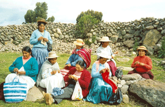 Alpaca Handmade Yapuchiri Women